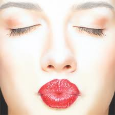 """""""Manners Monday"""" – When Is a Kiss Just a Kiss? – Kissing Etiquette"""